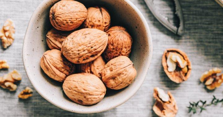 Are Whole Walnuts Heart Healthy?